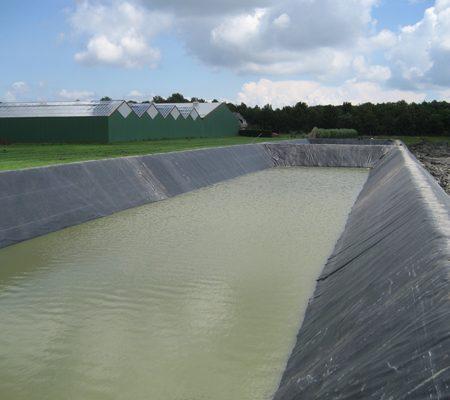 SealEco-EPDM-Geo-en-vijversystemen-Waterbassin.jpg